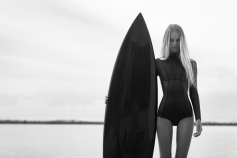 MIKOH banzai-pipeline-surf-collection-front-bw